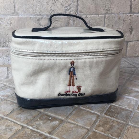 The Girls Handbags - Cute vintage cosmetic case🌸